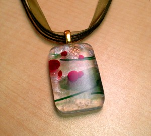 holiday-pendant